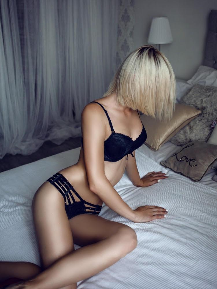 Viola Erotic Massage Erotic Nuru and Tantra Massage
