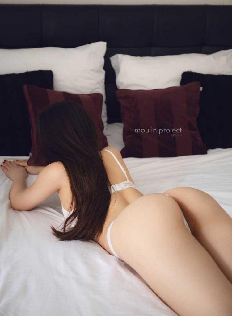 Adel Erotic Massage Erotic Nuru and Tantra Massage